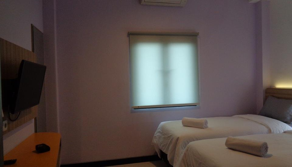 City Home Banjarmasin - Mawar Twin Room Regular Plan