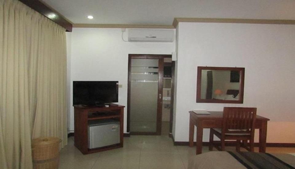 Family House Lombok - room