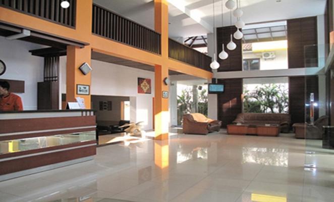 Grha Ciumbuleuit Guest House Bandung - Lobi