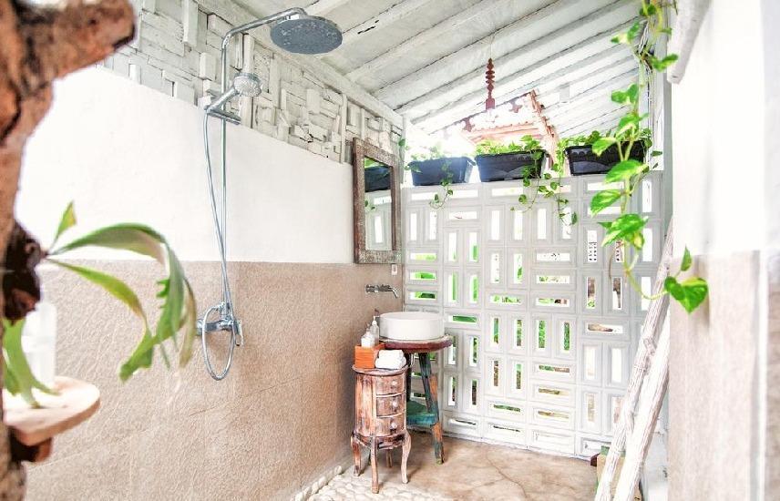 SooBali Atap Putih Seminyak - Kamar mandi