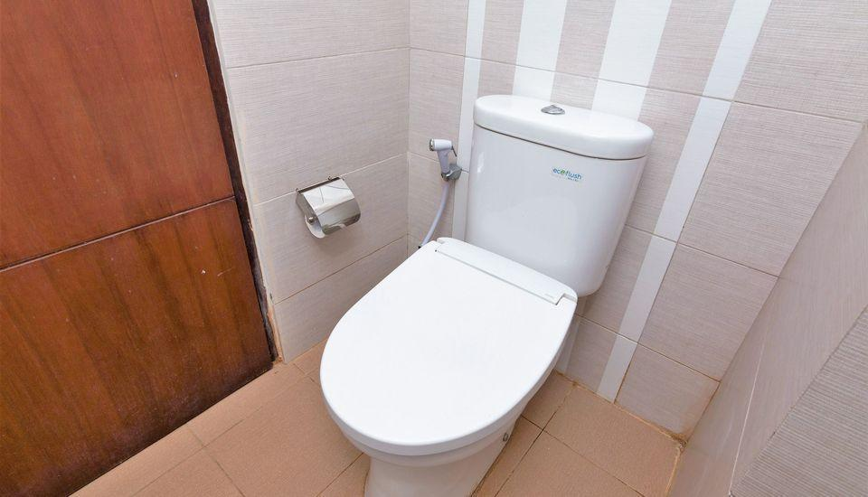 ZEN Rooms Mataram Airlangga Lombok - Kamar mandi