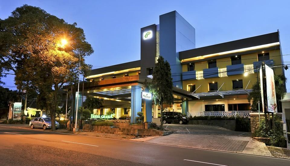 Hotel Grasia Semarang - Facade