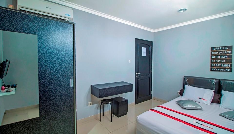 RedDoorz @Radio Dalam 2 Jakarta - RedDoorz Room Regular Plan