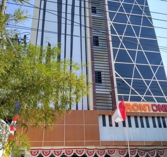 Front One Inn Semarang Semarang - Exterior