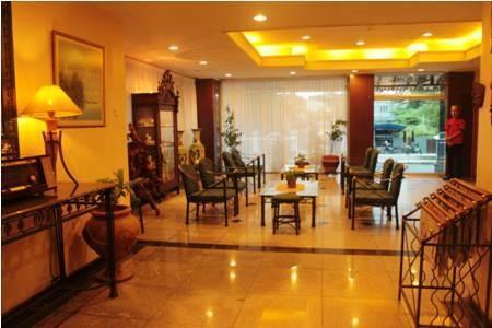 Losari Metro Hotel Makassar - Lobi