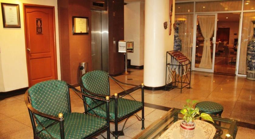 Losari Metro Hotel Makassar - Interior