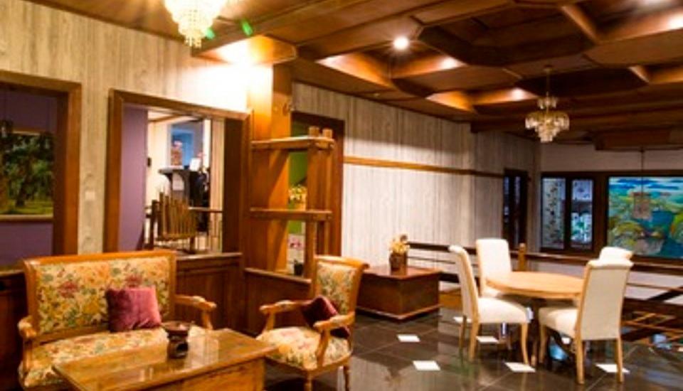Arwiga Hotel Bandung - Area Lobby
