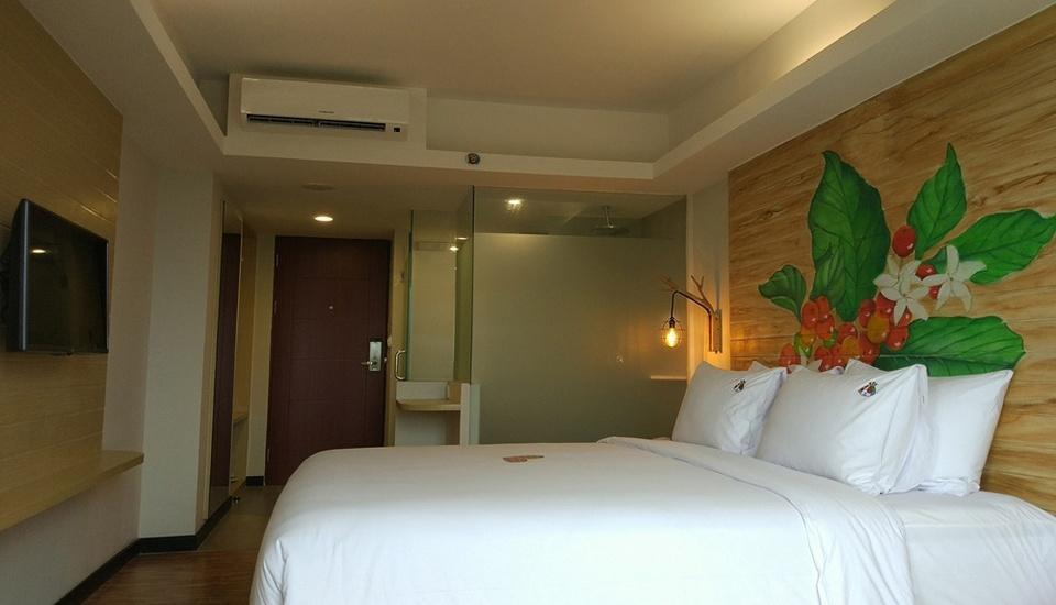MaxOneHotels at Ubud Bali - Max Happiness Room