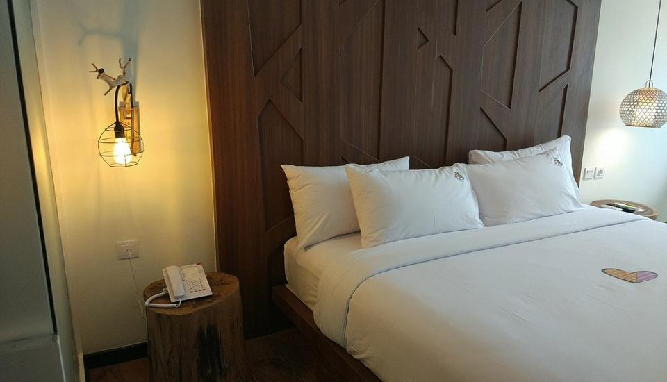 MaxOneHotels at Ubud Bali - Max Happiness Room Only Regular Plan