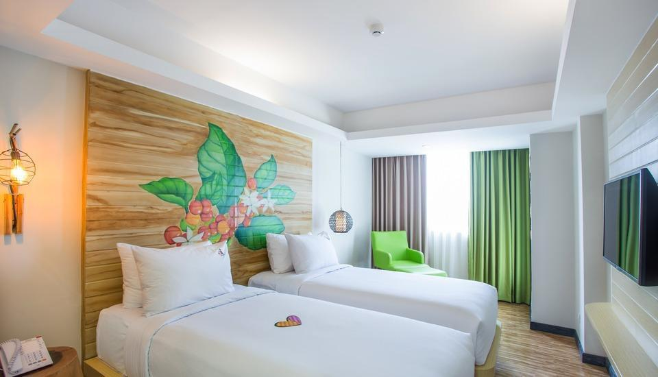 MaxOneHotels at Ubud Bali - Happiness Room Only  Last Minute Deals 15%