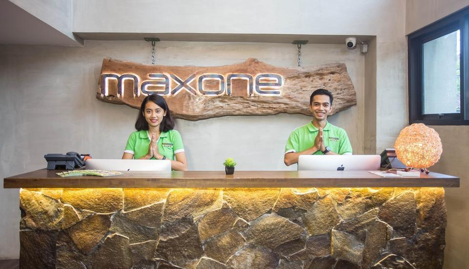 MaxOneHotels at Ubud Bali - reception