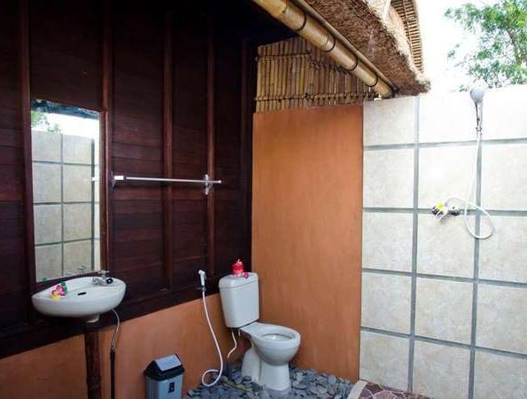 Lotus Garden Huts Bali - Kamar mandi