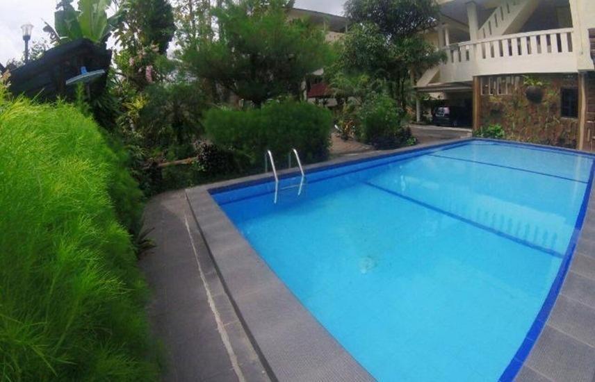 New Sabrina Hotel Bogor - Kolam Renang