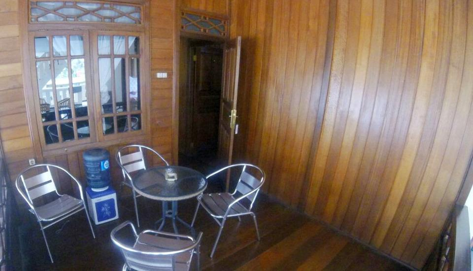 New Sabrina Hotel Bogor - balkon