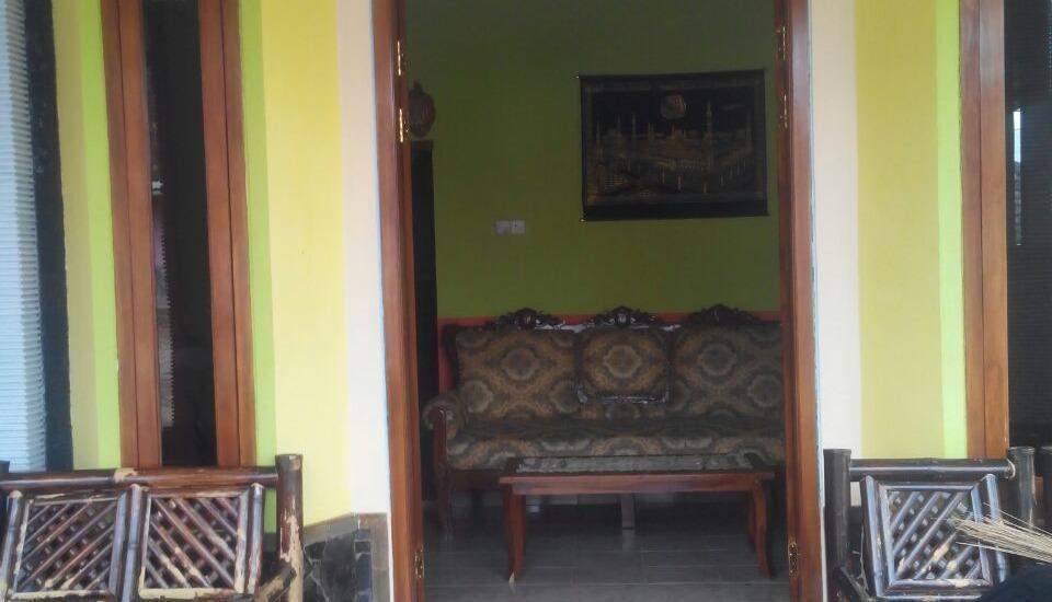 Diamond Homestay Malang - kamar