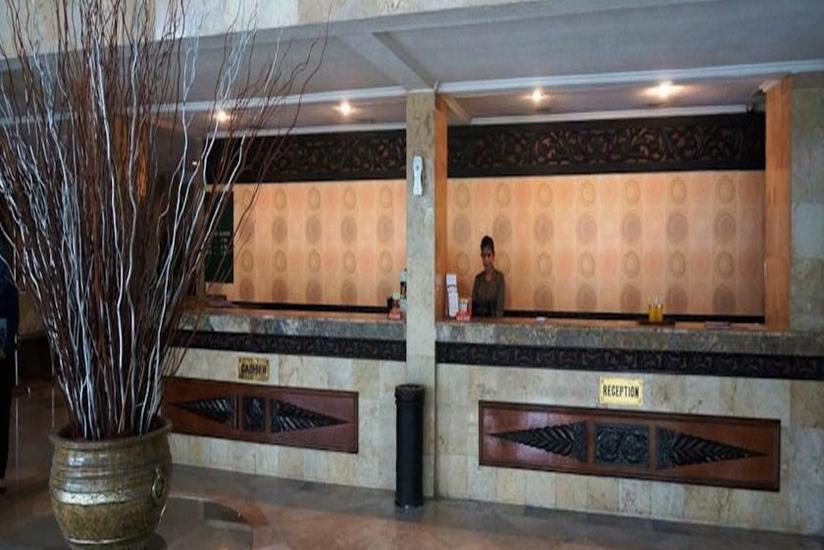 Hotel Ratu Mayang Garden Pekanbaru - Resepsionis