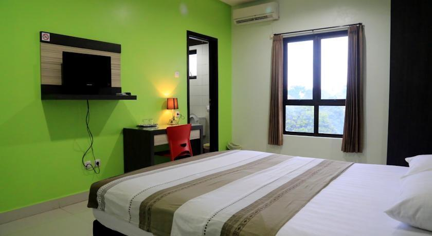 Istanaku Guesthouse Manado - Superior Room Regular Plan
