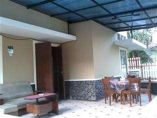 Armyn Luxury Guest House Malang -