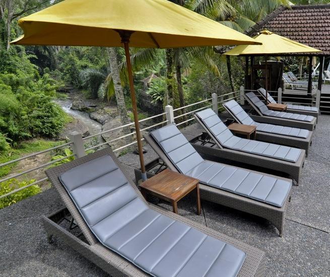 Bali Spirit Hotel & Spa Bali - PEMANDANGAN KOLAM RENANG