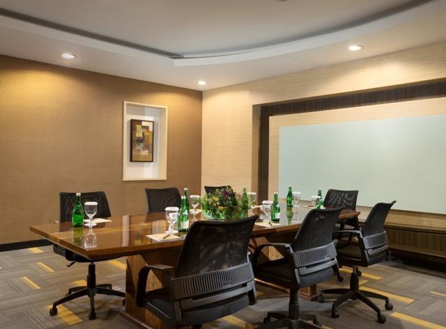 Best Western Plus Kemayoran Hotel Jakarta - 3