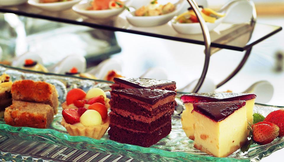 Best Western Plus Kemayoran Hotel Jakarta - Food & Beverages