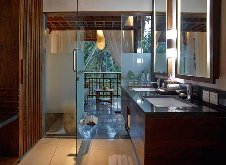 Tejaprana Resort & Spa Bali - Bathroom