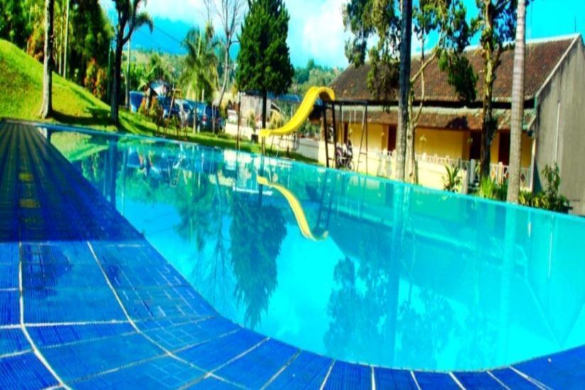Pesona Anggraini Hotel Bogor - Kolam Renang