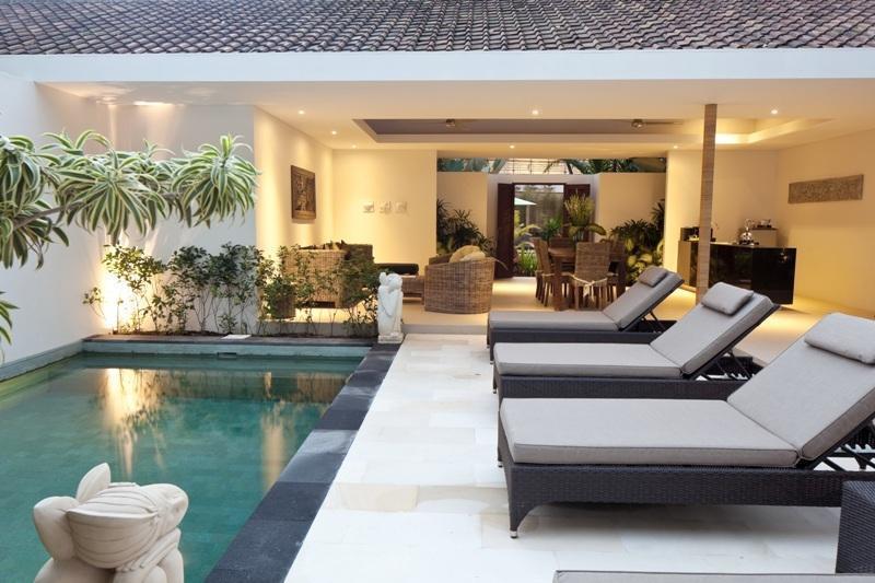 Villa Coco Bali - kolam renang Villa 2 bedroom