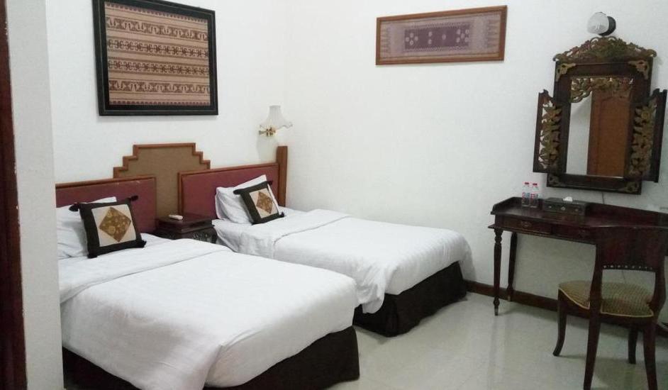 Lombok Ethnic Hotel Bandung Bandung - Standard Room With Breakfast Regular Plan