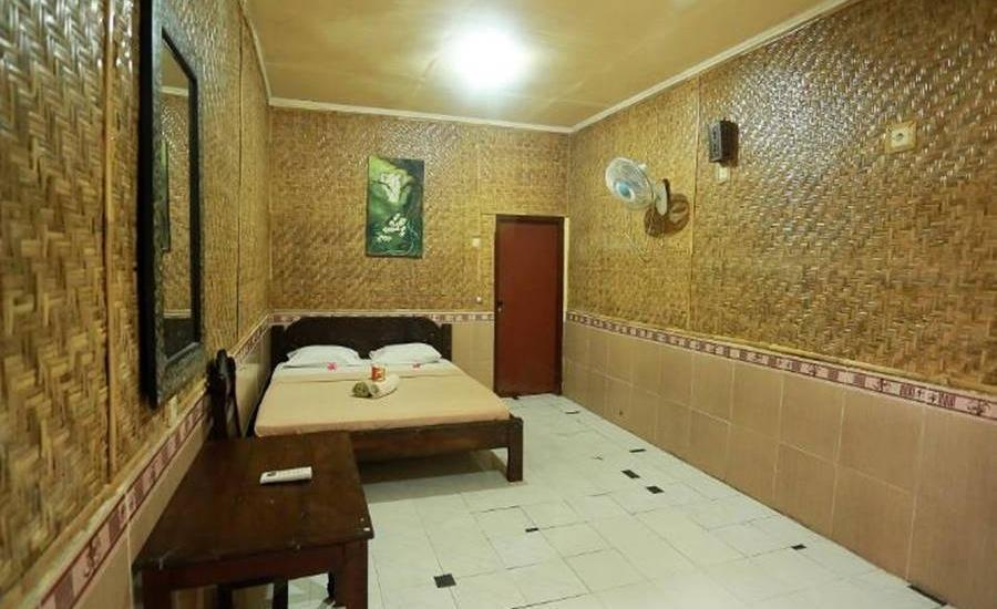 Dua Nina Homestay Lombok - Kamar tamu