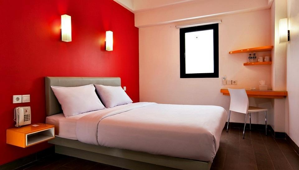 Amaris Bandara Jakarta - Smart Room Queen Offer Last Minute Deal