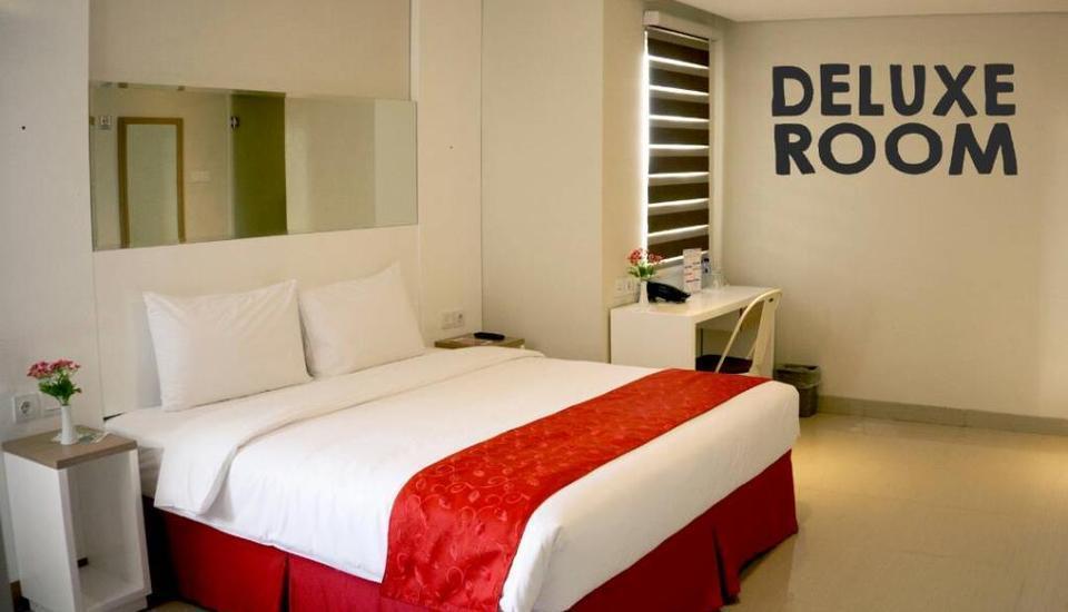 Brothers Inn Babarsari Jogja - Deluxe King Room Regular Plan