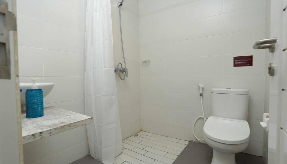 RedDoorz @Pecatu Ungasan - Kamar mandi
