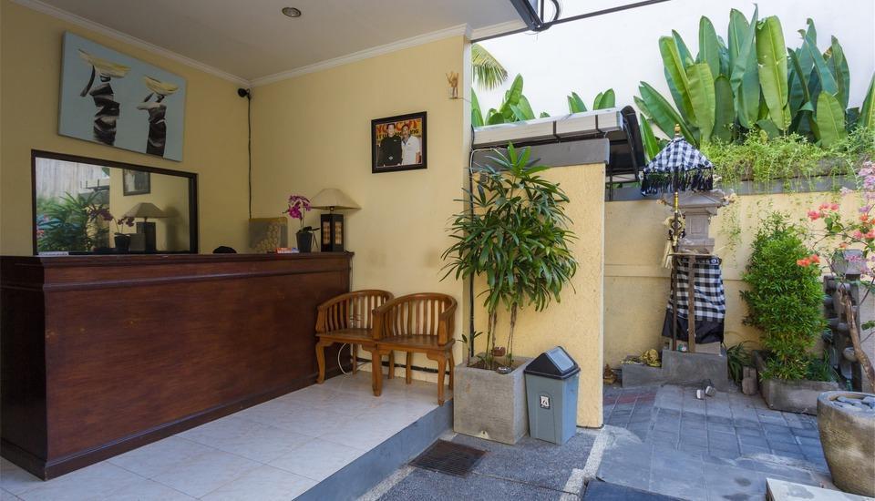 RedDoorz @Tegal Sari Berawa Bali - Resepsionis
