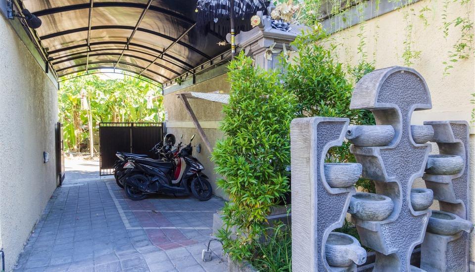 RedDoorz @Tegal Sari Berawa Bali - Eksterior