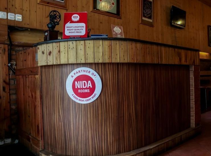 NIDA Rooms Muara 16 Polonia - Resepsionis