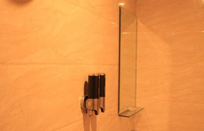 Barelang Hotel Batam - Kamar mandi