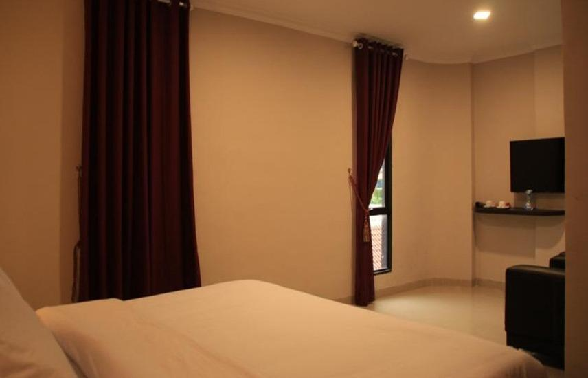 Barelang Hotel Batam - Deluxe King Room Regular Plan