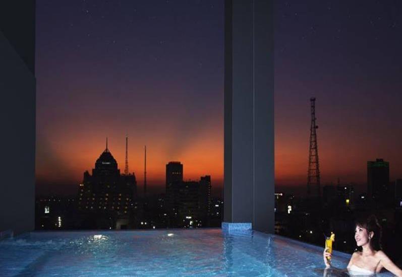 G Suites Hotel Surabaya - Kolam Renang