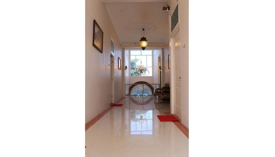 Mojokerto Classic Homestay Mojokerto - Corridor