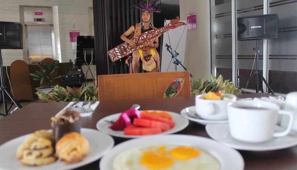Swiss-Belinn Pangkalan Bun Kotawaringin Barat - Buffet Breakfast