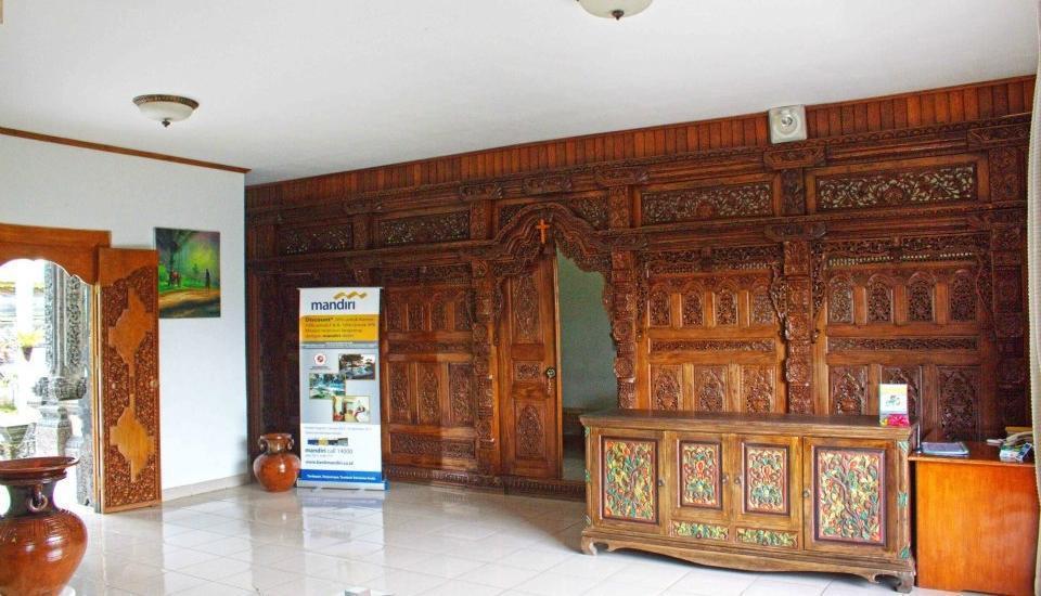 Puri Saron Hotel Gianyar Bali - Area lobi