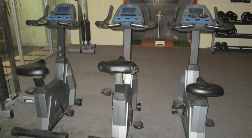 Grand Pasundan Hotel Bandung - Gym