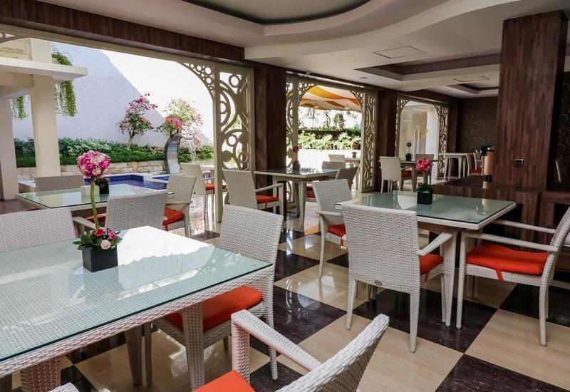 NIDA Rooms Umar Barat 339 Denpasar - Restoran