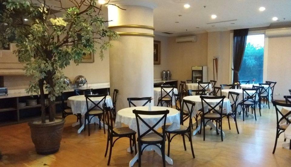 Hotel Banian Bulevar Jakarta - Restoran