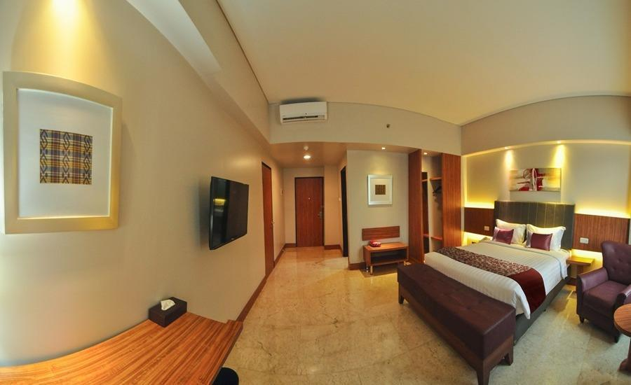 Demelia Hotel Makassar - Deluxe Room With Breakfast Regular Plan