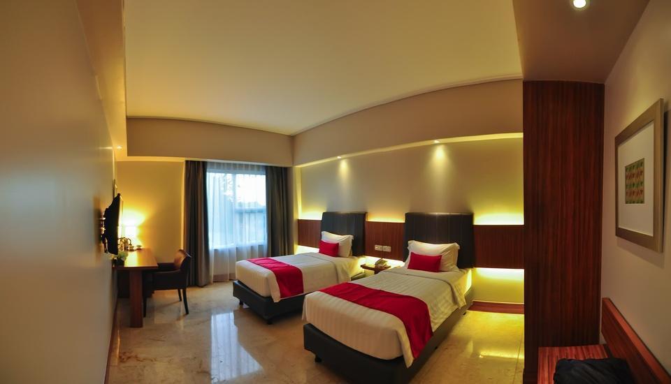 Demelia Hotel Makassar - Deluxe tempat tidur twin