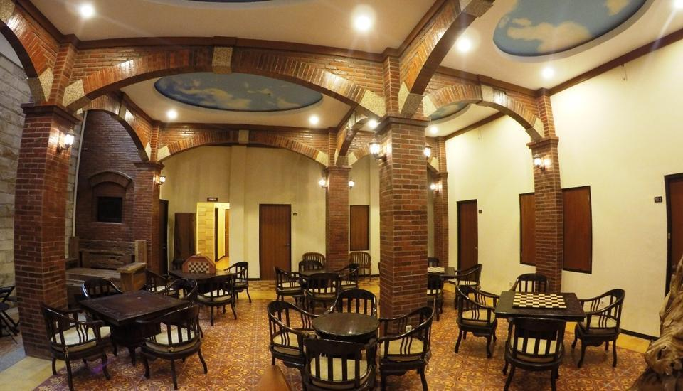 Jacatra Homestay Malang - Restaurant
