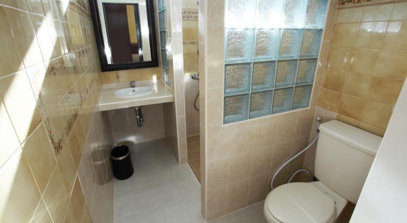 Aquarius Star Hotel Kuta - Kamar mandi