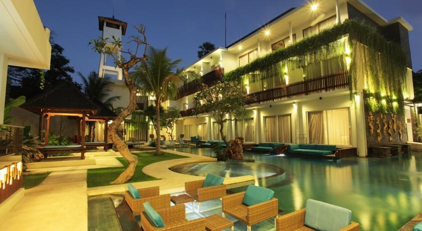 Aquarius Star Hotel Kuta - Eksterior